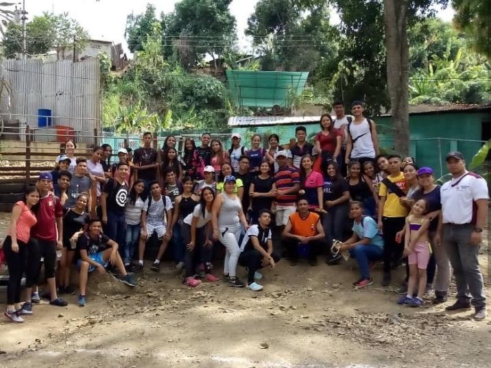 Estudiantes del VIPI abordan elementos de la identidad Limablanquense