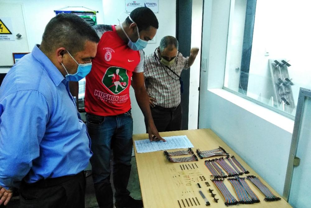 Mincyt garantiza financiamiento para construcción de prototipos de equipos médicos vitales