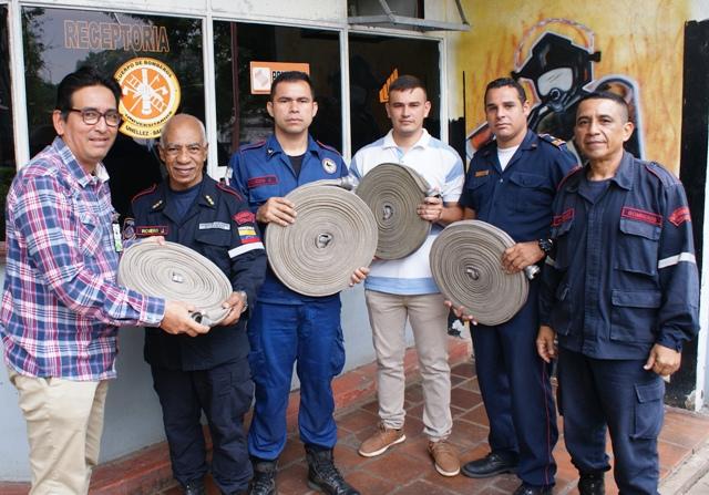 Cuerpo de Bomberos recibe dotación del Ministerio de Ecosocialismo