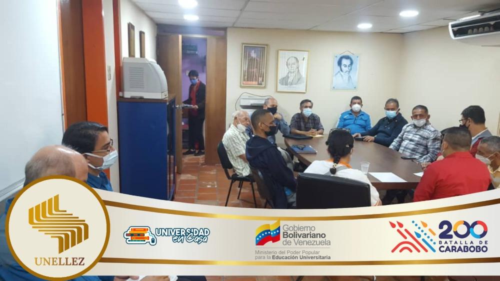 Director de Talento Humano sostuvo una reunión con  Institutos Parauniversitarios