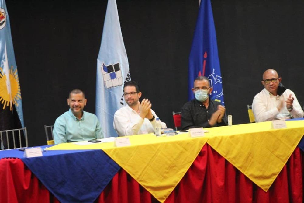 Ministro Trómpiz encabezó Taller de «Liderazgo Docente» con sector universitario de Cabimas